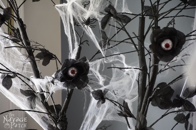 The Halloween Tree | DIY Halloween decoration | Upcycled holiday decoration | Cheap & easy crafts | #upcycled #diy #Halloween #crafts | TheNavagePatch.com