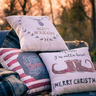 Double Sided Christmas Pillows | Diy Christmas decoration | No sew Christmas pillows | Free printable Christmas pillow designs | Free Christmas printable | Double sided Christmas pillows | Cheap & easy crafts | Simple sewing | How to image transfer to fabric | Diy image transfer | #diy #Christmas #crafts | TheNavagePatch.com