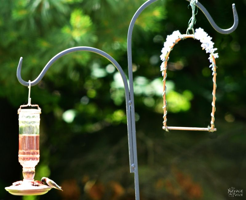 DIY Hummingbird Perch | How to make a hummingbird swing from copper pipe | TheNavagePatch.com
