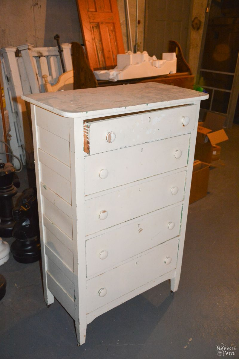 Upcycled: Old Chest of Drawers to Wine Bar | DIY furniture makeover| Upcycled furniture | DIY Wine Bar | From dresser to wine bar | Homemade chalk paint | Painted and upholstered furniture | Upholstery | Farmhouse style furniture | Annie Sloan Old White color | Fabric onlay | Painted wood furniture |Transformed furniture | Before & After | TheNavagePatch.com