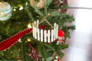 Trimming a sentimental Christmas tree | Christmas tree decoration tips | How to prune your Christmas tree to give the perfect shape | DIY sentimental Christmas ornaments | Christmas traditions | Festive holiday decoration | TheNavagePatch.com