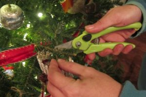 Trimming a sentimental Christmas tree   Christmas tree decoration tips   How to prune your Christmas tree to give the perfect shape   DIY sentimental Christmas ornaments   Christmas traditions   Festive holiday decoration   TheNavagePatch.com