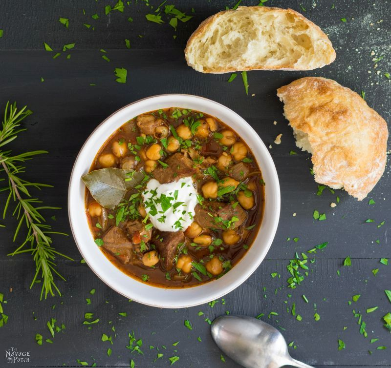 Turkish Chick Pea Stew (Etli Nohut) | TheNavagePatch.com
