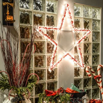 DIY Lighted Christmas Stars