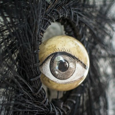 Eyeball Orb Halloween Wreath