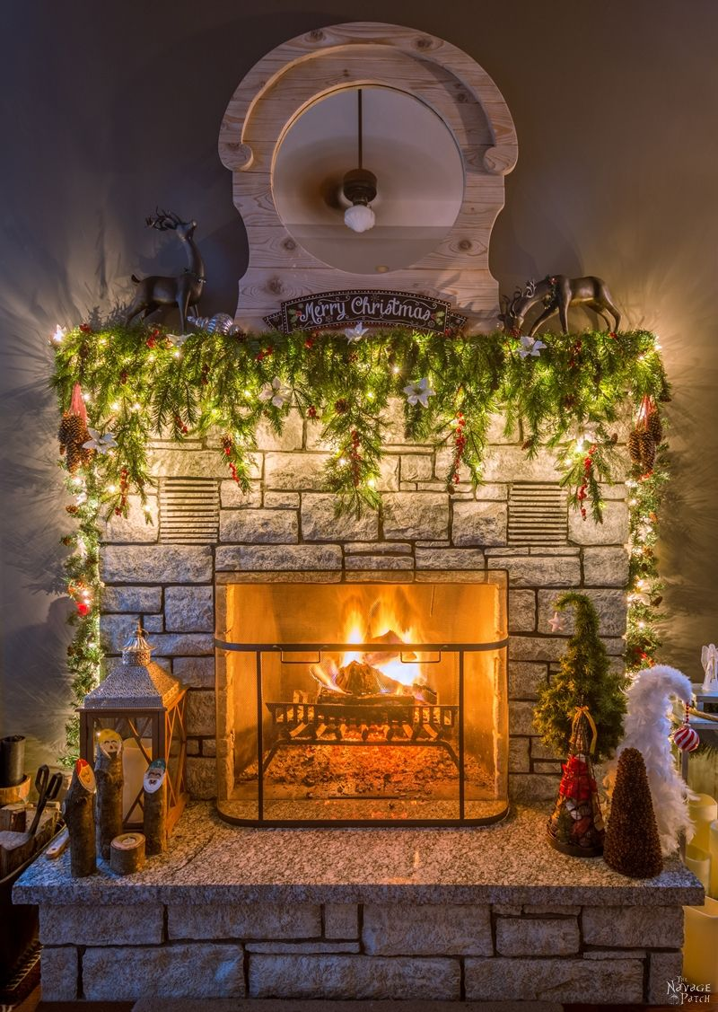 How To Set Up Beautiful Christmas Mantel Decorations In 5 Minutes