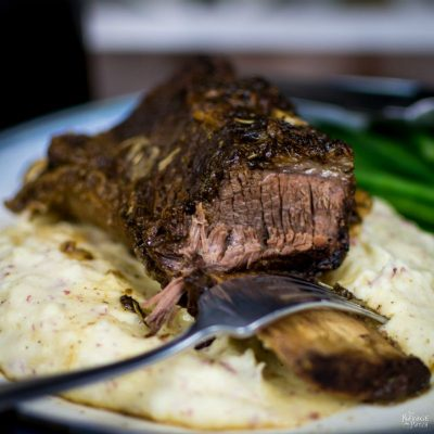 Simple Short Ribs | Quick and easy short ribs | Braised short ribs | TheNavagePatch.com