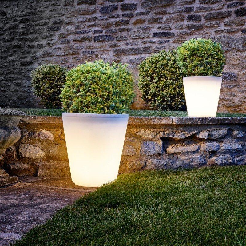 lighted flower pots