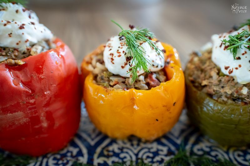 Turkish Stuffed Peppers (Etli Biber Dolması) | Best stuffed peppers recipe | Easy stuffed bell peppers | Old fashioned stuffed peppers recipe | Farci | Low carb meal | Keto style easy dinner | Turkish cuisine | #thenavagepatch #easydinner #keto #lowcarb #eatclean #eatinghealthy | TheNavagePatch.com