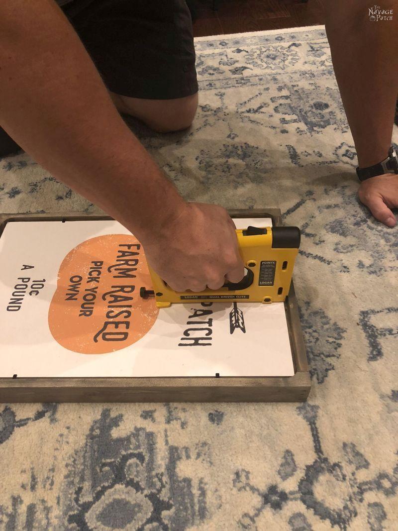 Free Printable DIY Fall Signs | Pottery Barn Inspired DIY fall decor| Pottery Barn knockoff signs | Fall decoration ideas | How to make a DIY picture frame the easy way | Farmhouse fall decor ideas | #TheNavagePatch #PBknockoff #easydiy #Falldecorideas #pumpkin #falldecor #diy #thanksgiving #PotteryBarn #MyPotteryBarn #fall #pumpkineverything | TheNavagePatch.com