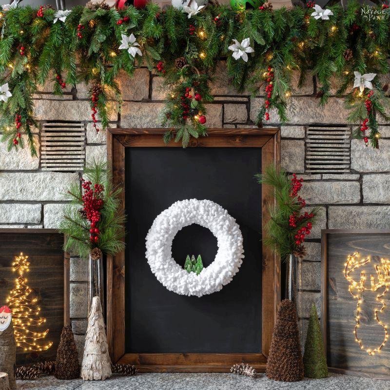 DIY Winter Loop Yarn Wreath - TheNavagePatch.com