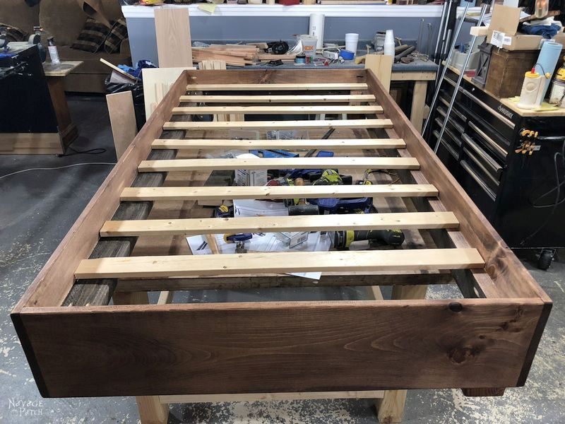 completed duy daybed with slats installed sitting on a work table