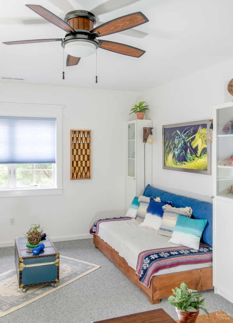 Teen Bedroom Makeover Reveal | TheNavagePatch.com