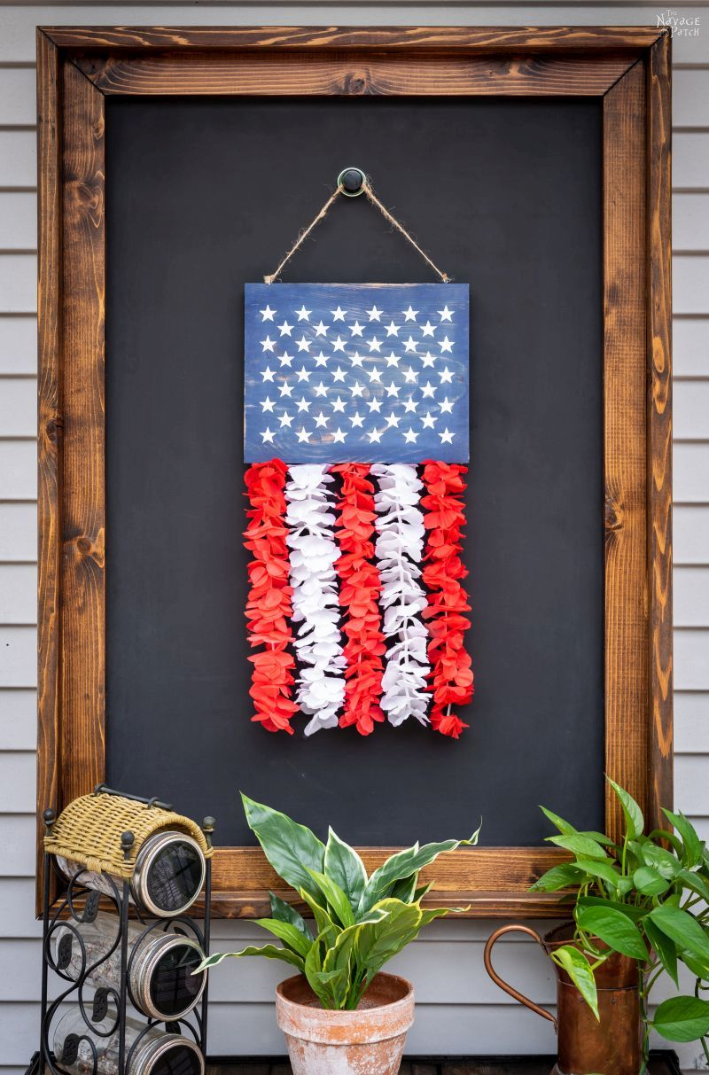 Diy Patriotic Door Hanger A Cheap Amp Easy Craft The