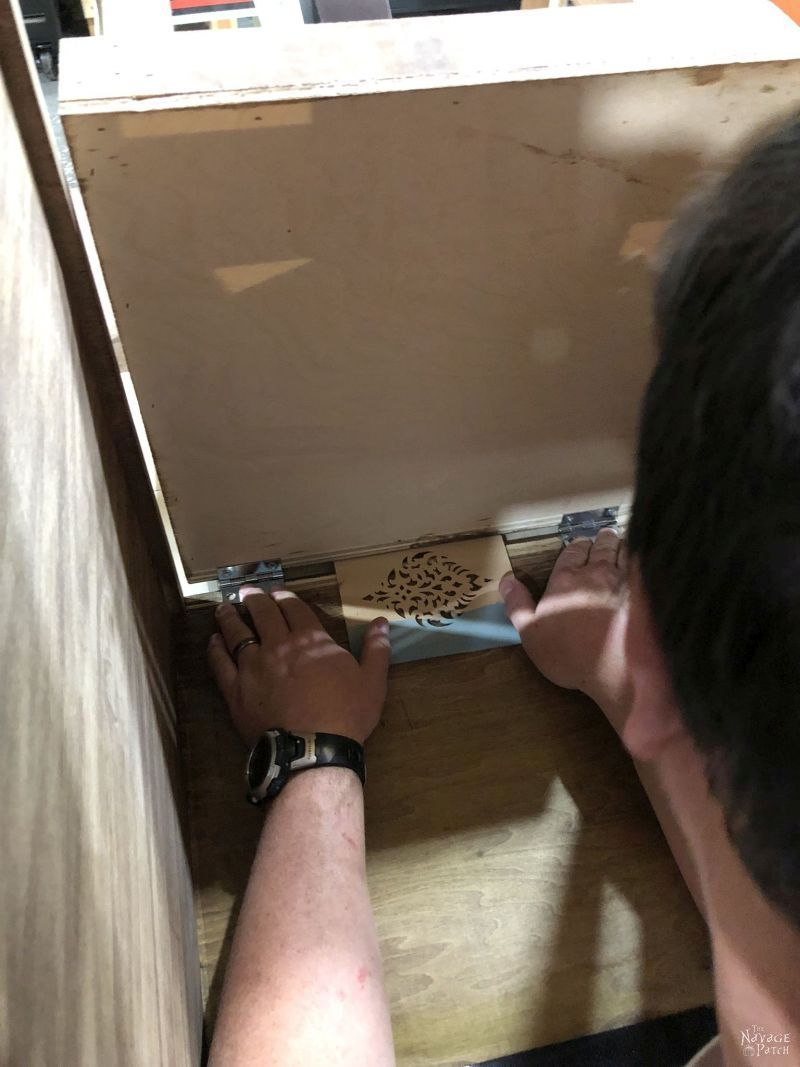installing the door on a diy laundry hamper