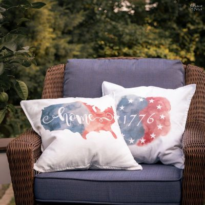 Easy DIY Patriotic Pillows | TheNavagePatch.com