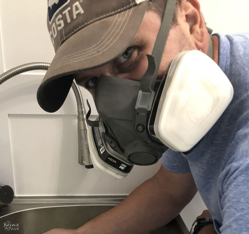 man wearing an organic solvent respirator