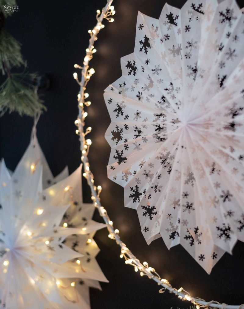 Easy 3-D Paper Snowflake Stars
