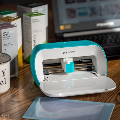 making on the move with cricut joy