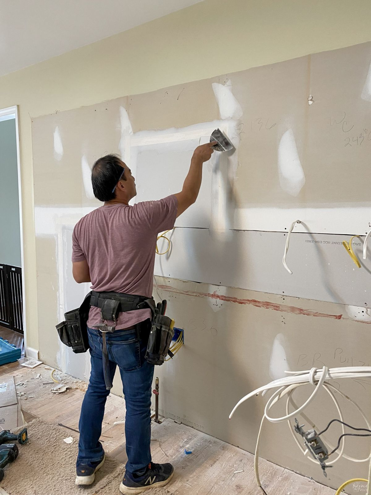 drywall taping in the kitchen