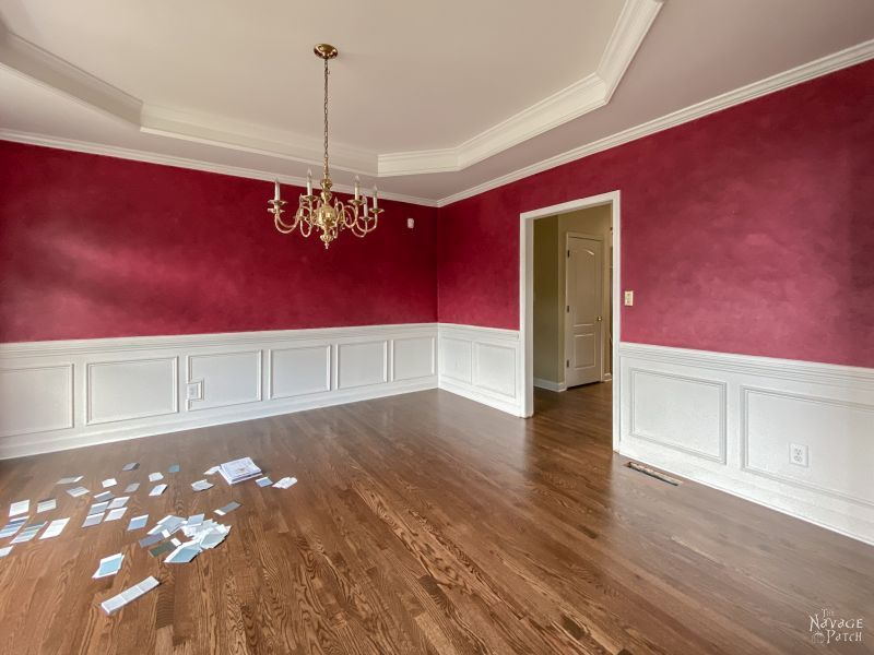 choosing a wall color with paint chips