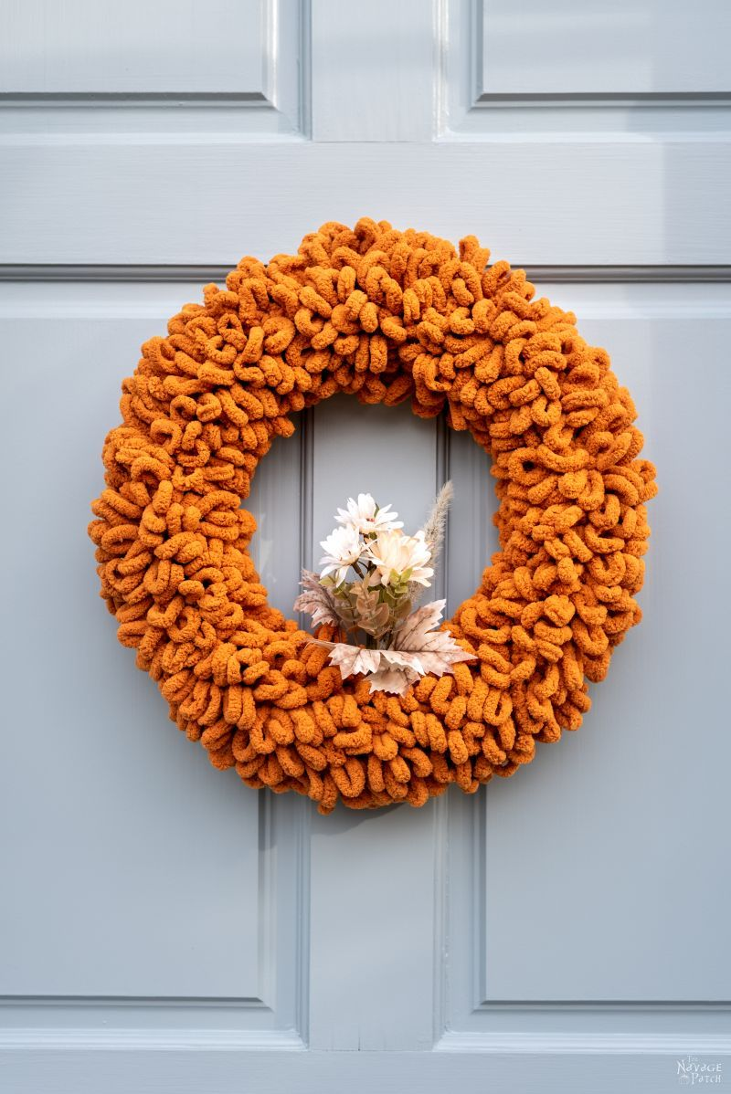Easy DIY Fall Wreath - TheNavagePatch.com