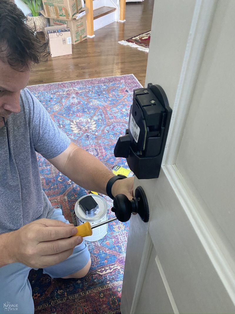 removing doorknob before painting
