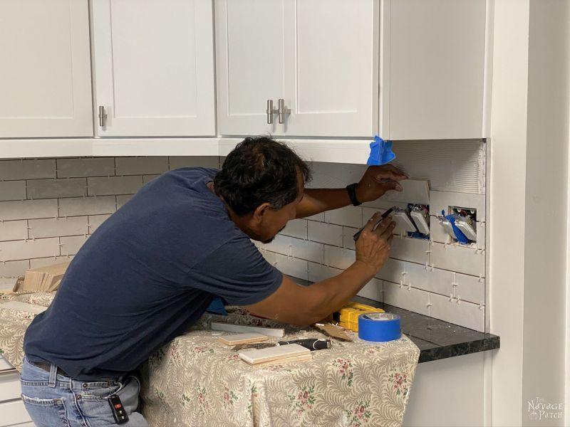 installing a tile backsplash