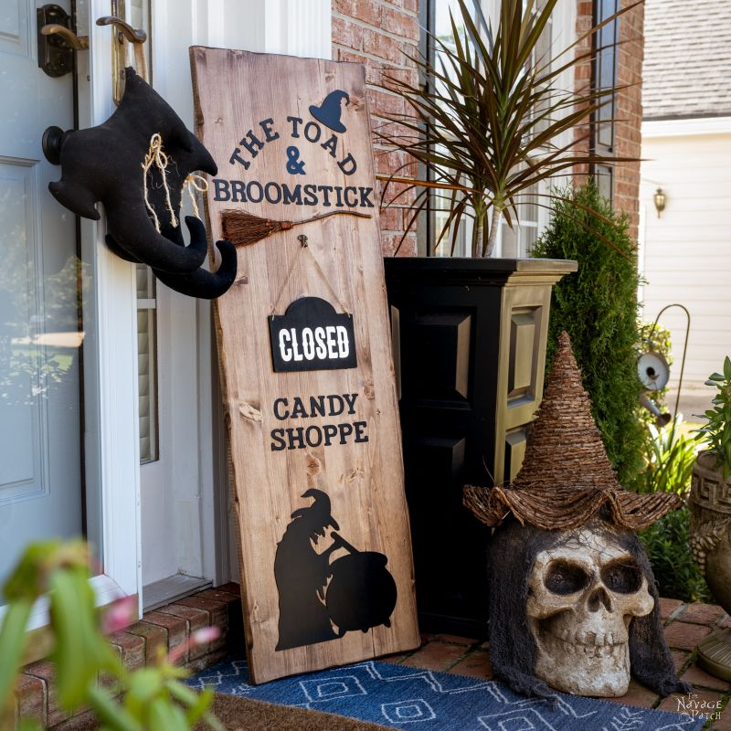 DIY Halloween Candy Shop Sign – TheNavagePatch.com
