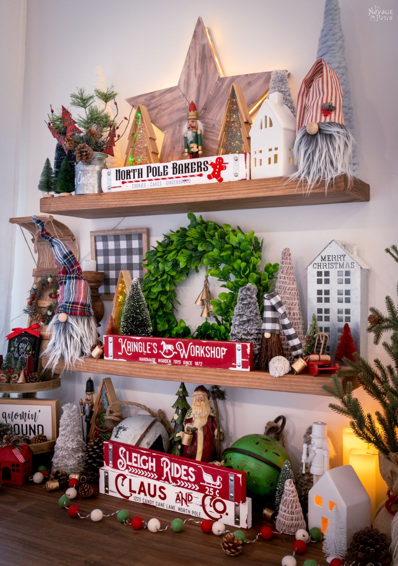 DIY Dollar Tree Christmas Signs - TheNavagePatch.com