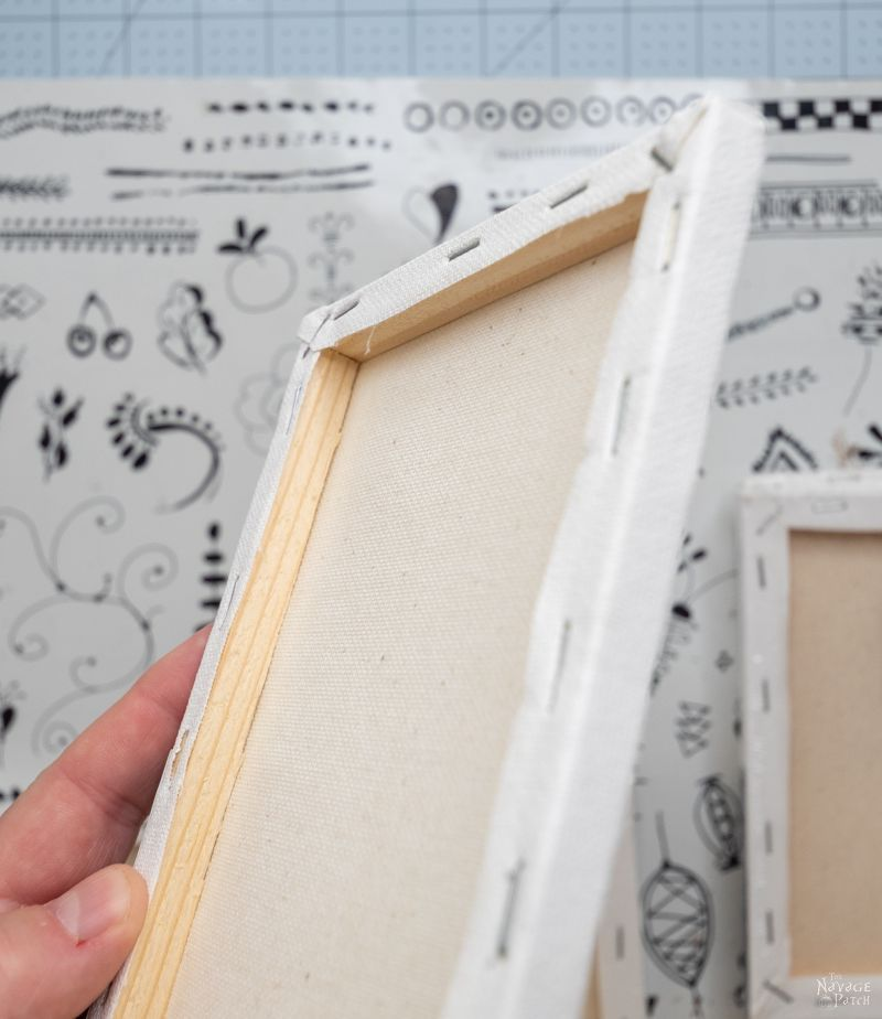 stretched canvas frame