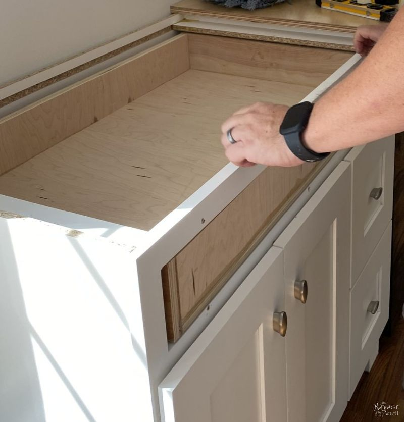 how to make a drawer