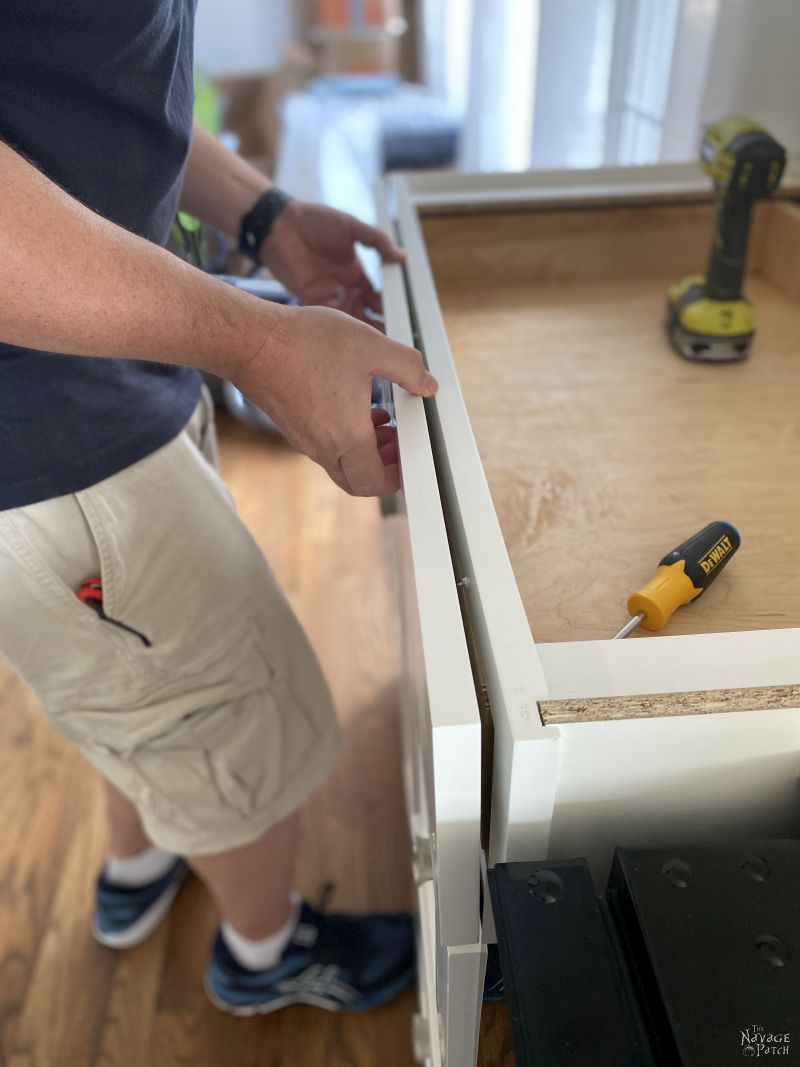 attaching a drawer face to a drawer