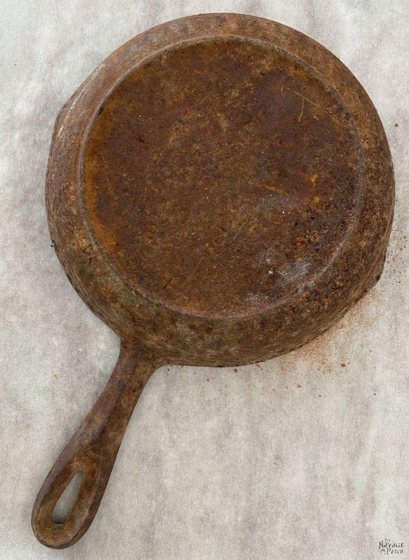 rusty cast iron pan