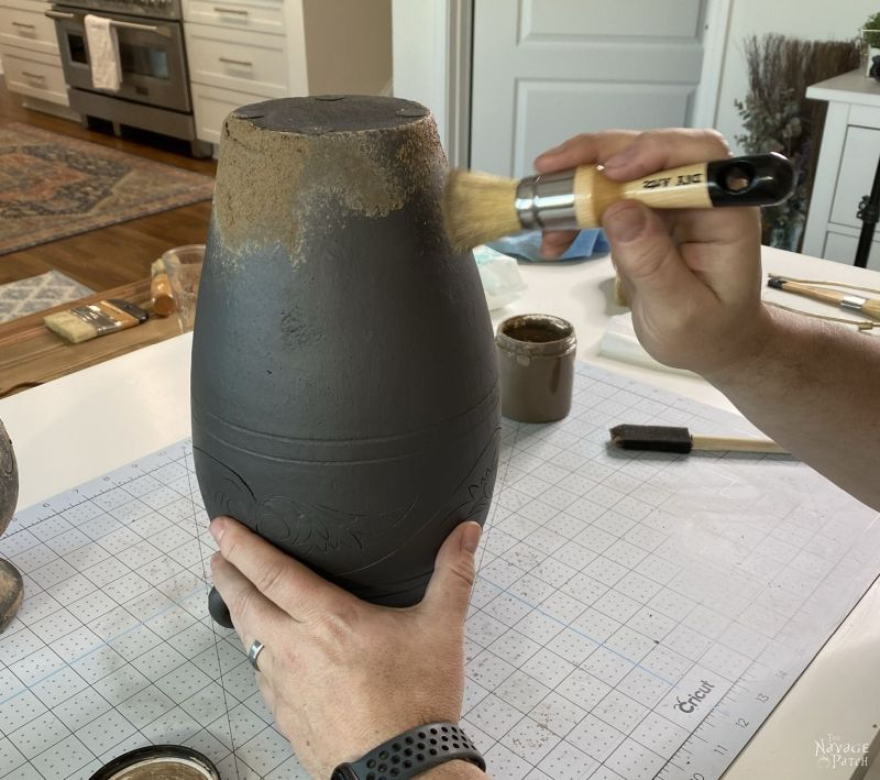 mud painting pottery