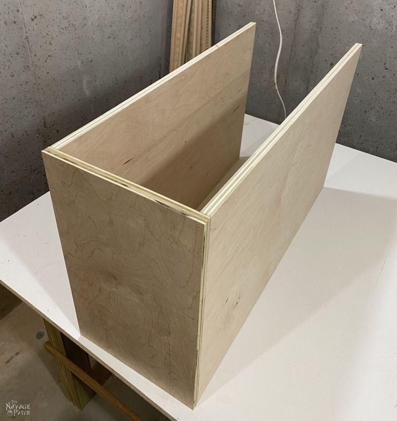 making a closet shelf