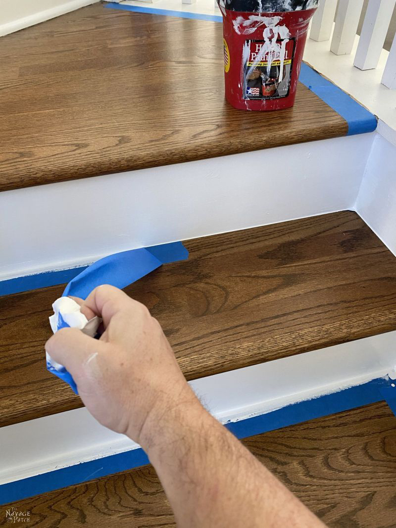 painting stair risers - how to make clean lines - TheNavagePatch.com