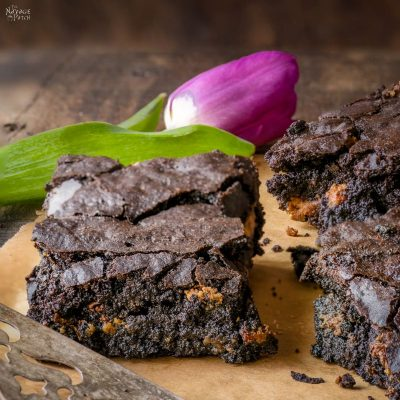 Crispy Chewy Brownie Recipe - TheNavagePatch.com