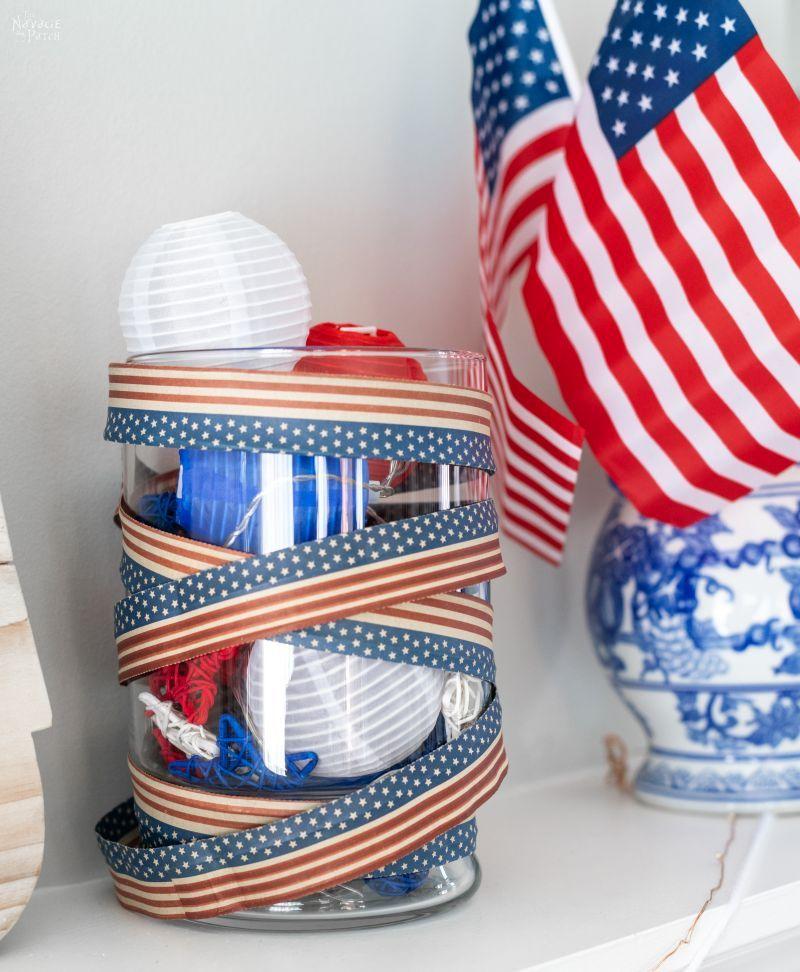 DIY Fourth of July Flag Garland - TheNavagePatch.com