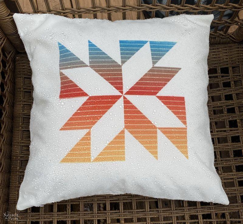 DIY Outdoor Pillows - TheNavagePatch.com