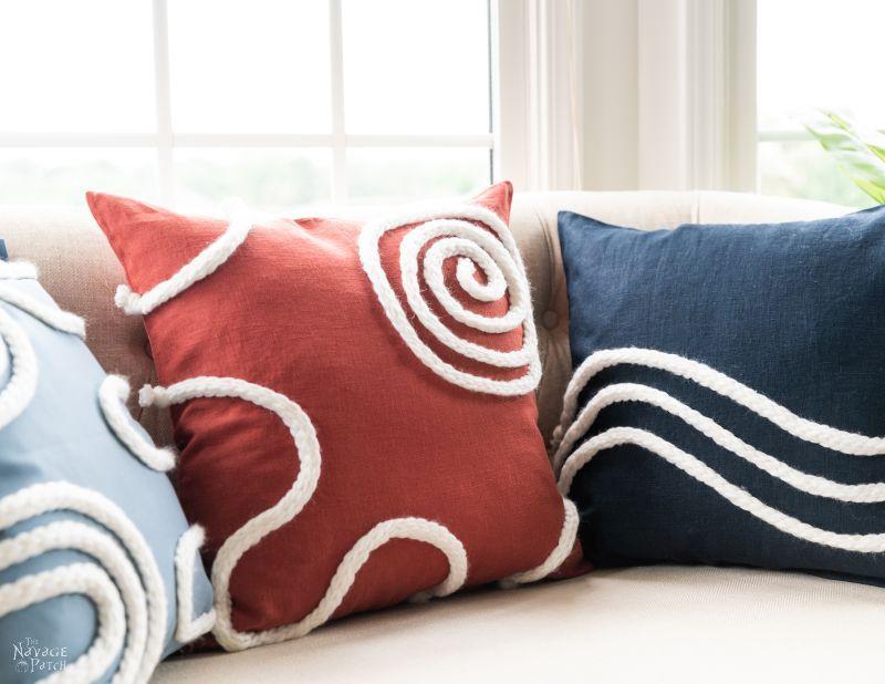 Easy DIY Throw Pillows - TheNavagePatch.com