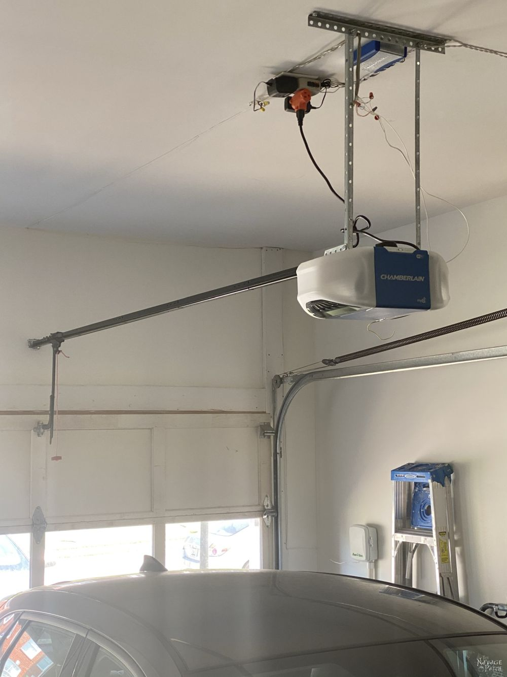 chamberlian smart garage door opener