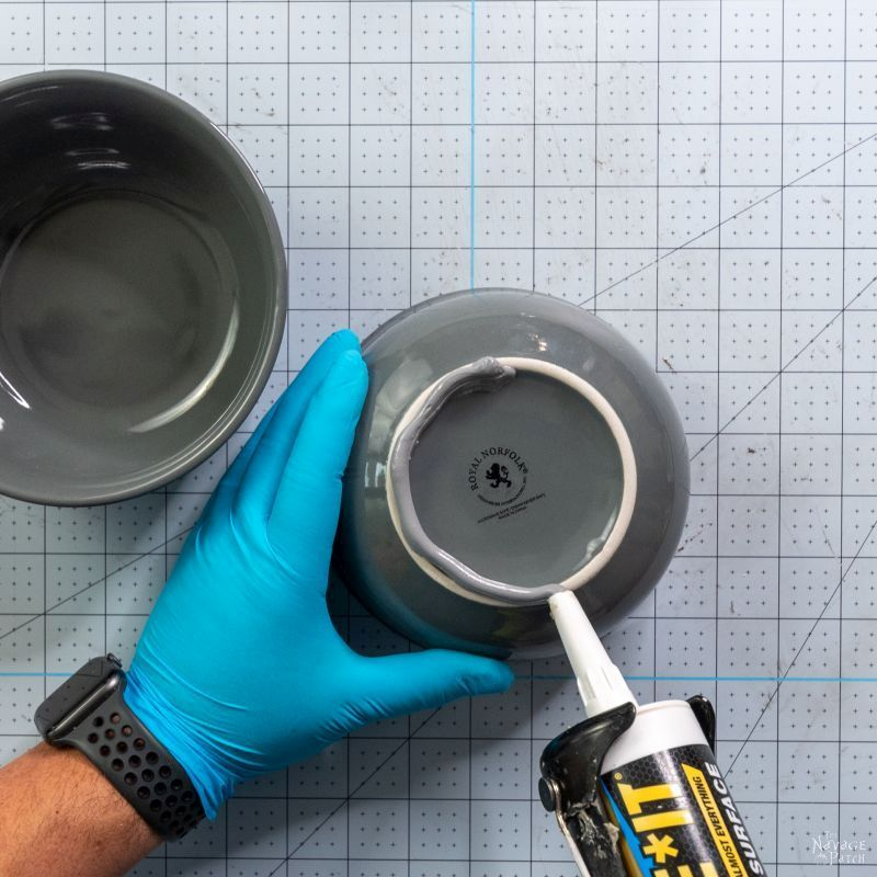 putting glue on the bottom of a bowl