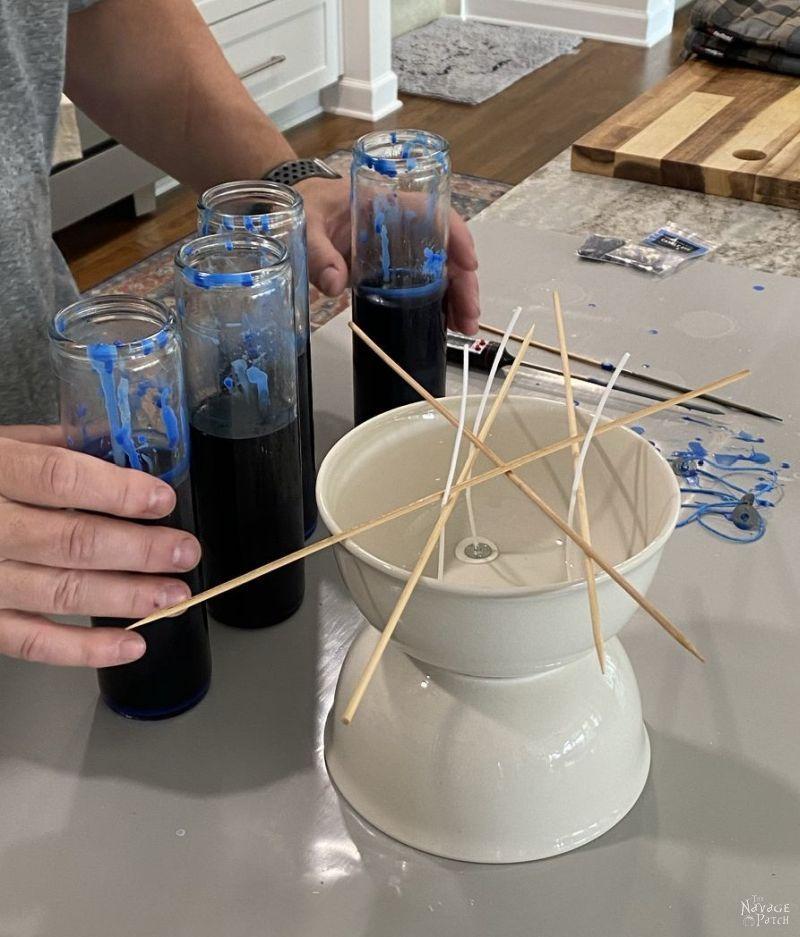 making diy dollar tree candle