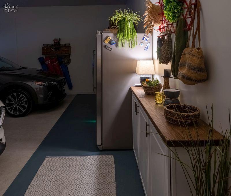DIY Garage Mudroom - TheNavagePatch.com