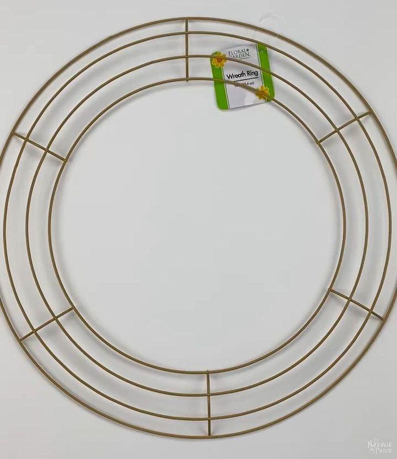 dollar tree wire wreath form