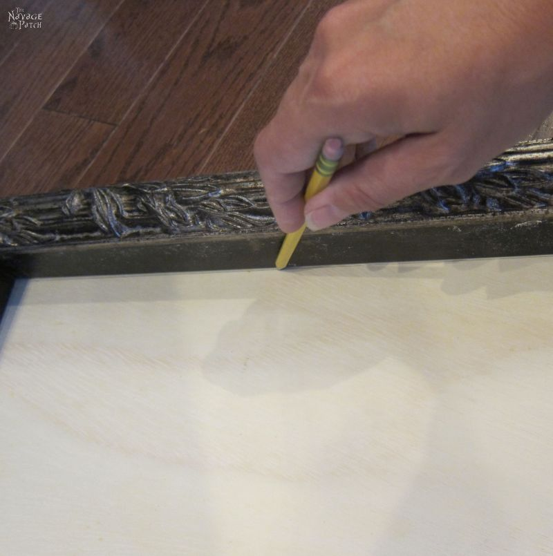 tracing a frame with a pencil