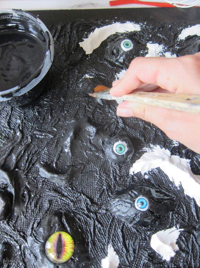 painting a halloween display