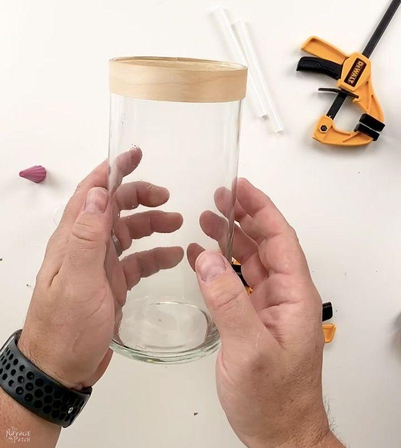 glass vase with veneer band